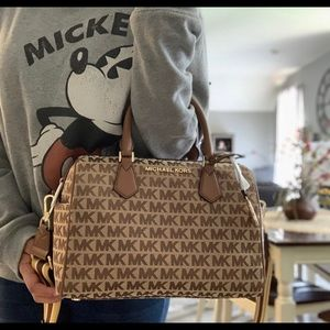 New mk large satchel ❤️🔥🍂🍂